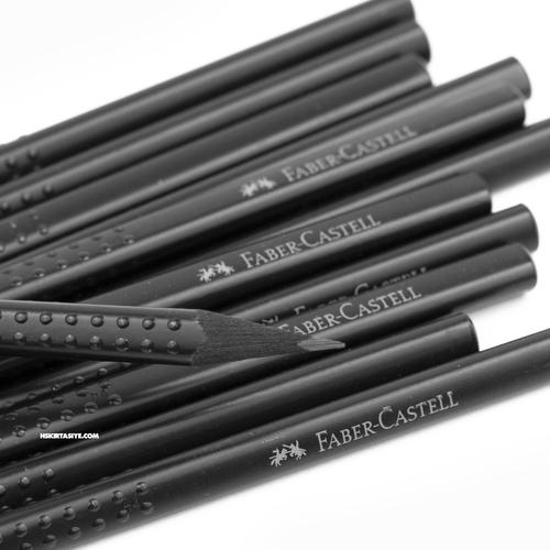 Faber Castell Design Grip® 2001 B Mat Siyah Ahşap Kurşun Kalem 12'li Kutu 3161
