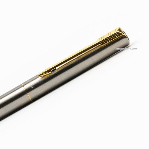 Parker 15 İngiltere Üretim Dolma Kalem (Konvertörlü)